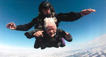 skydive-sidebar